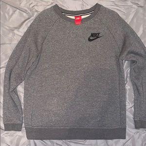 Woman's Gray Nike Crew Neck
